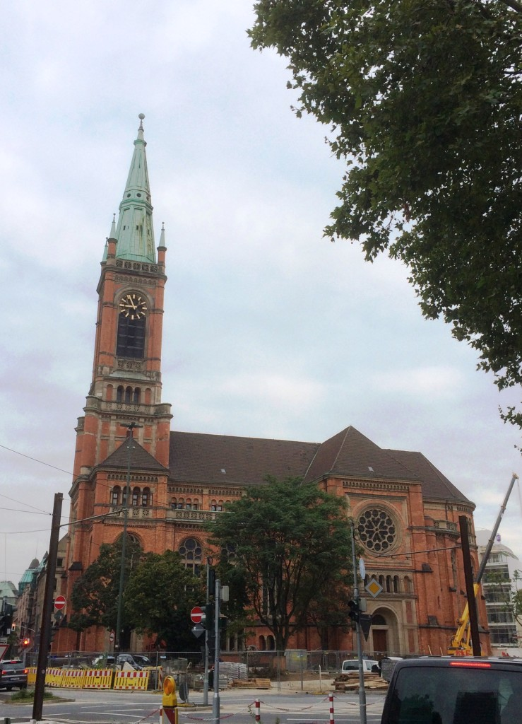 Johanneskirche, Martin-Luther-Platz