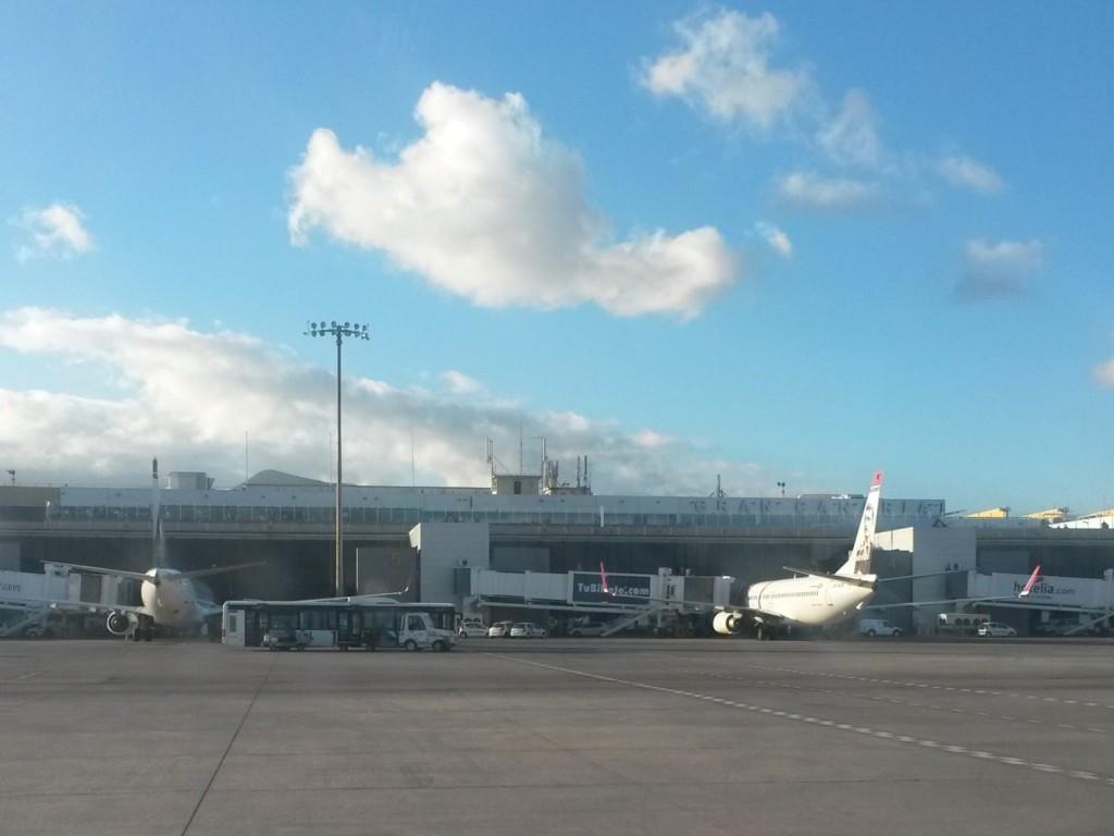 В аэропорту Гран Канария. Летное поле