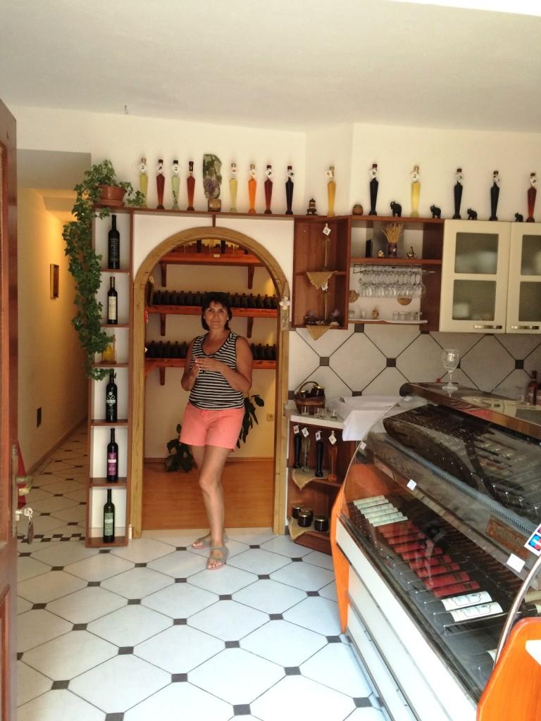 В винной лавке